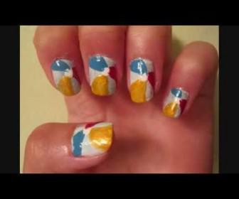 019 336x280 - Νύχια τρικολόρε - κίτρινο, κόκκινο, γαλάζιο του καλοκαιριού