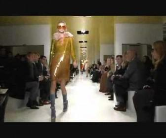 028 336x280 - Prada Fall Winter 2011/2012 Womenswear Full Fashion Show.