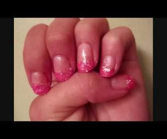 Σχέδιο στα νύχια με έντονο ροζ Pink Glam Nail Tutorial