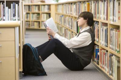 mathitis 1 - Βοηθήστε το παιδί σας να αντιμετωπίσει το άγχος των εξετάσεων