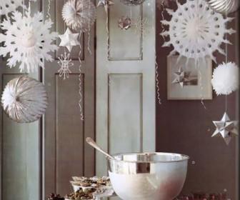 xeimoniatika party 11 336x280 - Πως να οργανώστε υπέροχα χειμωνιάτικα πάρτι