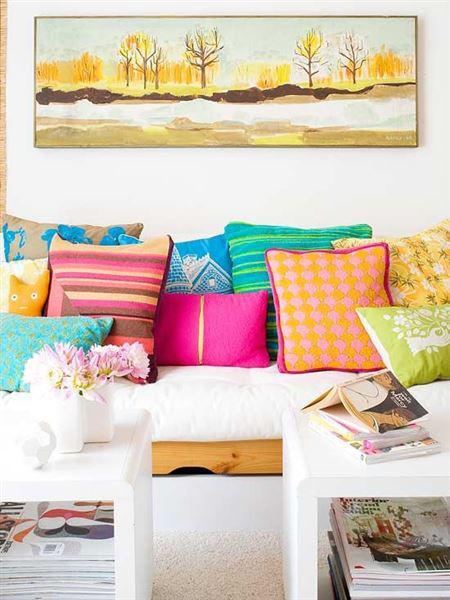 diakosmitika maksilaria kanape 3 - Δώστε ανοιξιάτικο στυλ στο σαλόνι με τα κατάλληλα μαξιλάρια