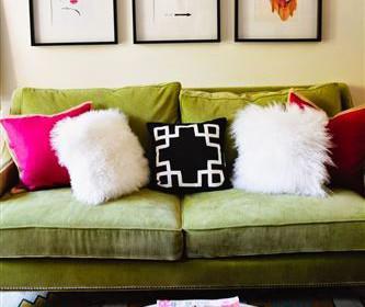 prasinos veloudinos kanapes 4 333x280 - Διακοσμήστε έναν πράσινο βελούδινο καναπέ