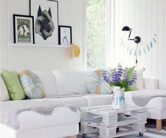 xroma se lefko domatio 3 336x280 - Δώστε  χρώμα σε ένα λευκό δωμάτιο