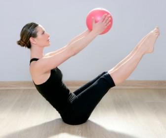 4 askisis gimnastikis gia kalokeri2 336x280 - 4 ασκήσεις γυμναστικής για το καλοκαίρι