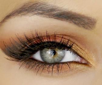 5 apochrosis gia kalokerines skies mation4 336x280 - 5 Αποχρώσεις για καλοκαιρινές σκιές ματιών