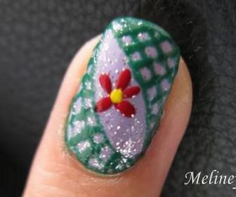 09 336x280 - Νύχια με σχέδιο λουλούδι με πενάκι Nail Art Pen Tutorial