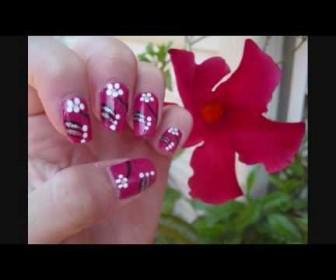 010 336x280 - Σχέδιο στα νύχια με λουλούδια Berries and Flowers Nail Design