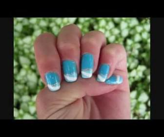 011 336x280 - Γαλλικό μανικιούρ με γαλάζιο Sky Blue French Tip Nail Tutorial