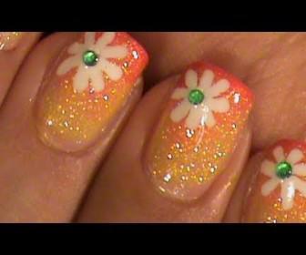 022 336x280 - Καλοκαιρινό σχέδιο με λουλούδι για κοντά νύχια Nail art