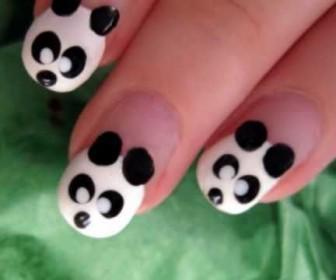 028 336x280 - Cute σχέδιο με Panda στα νύχια - Nail Art