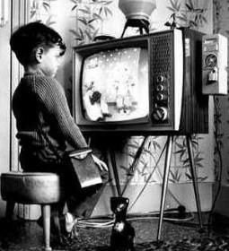 paidi tv 2 255x280 - Παιδιά και Τηλεόραση