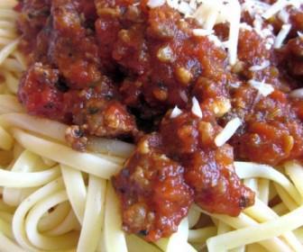 saltsa gia zimarika 1 336x280 - Οι πιο νόστιμες σάλτσες για ζυμαρικά