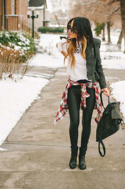 Correct ways to wear leather leggings (1)