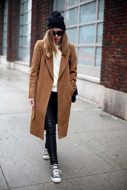 Correct ways to wear leather leggings (3)