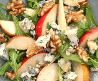 xeimoniatiki salata 2 336x280 - 5 χειμωνιάτικες σαλάτες που πρέπει να δοκιμάσετε