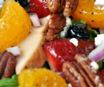 ftiaxte tin telia salata se 7 vimata 336x280 - Φτιάξτε την τέλεια σαλάτα σε 7 βήματα
